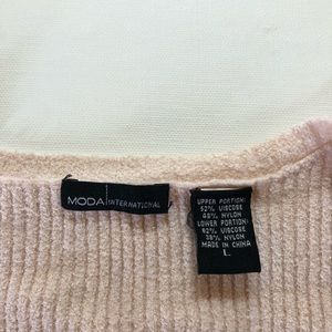 Moda International Dresses - Moda International knit dress